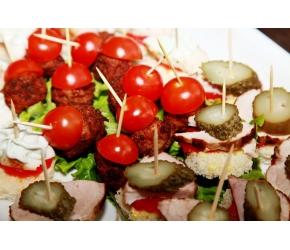 Вива Кетъринг - Парти хапки с пилешко и свинско месо