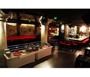 Вива Кетъринг - Оборудвана маса за бюфет - 60 Гости