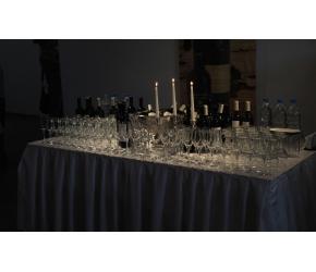 Вива Кетъринг - Оборудвана маса за бар - 60 Гости
